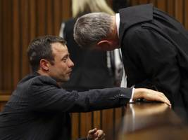 Oscar Pistorius Appeared To Vomit Upon Hearing Graphic Evidence In Murder Trial