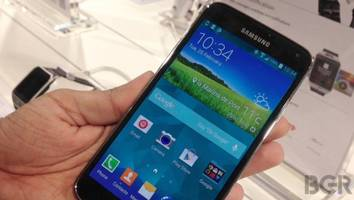Samsung Galaxy S5: A combination of lack of innovation and iPhone fear